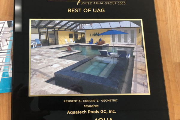 2020 Best of UAG Residential Concrete - Geometric - Mondres